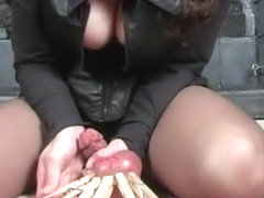Hodenfolter video