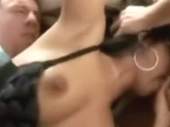 a man invite friends to fuck a chick brunette!