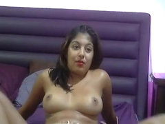 Desi Indian Sexy hot Babe on Camera