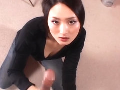 Pretty Asian milf Risa Murakami teases and pleases boyfriend in pov video
