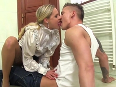 Glam Babe Gets Pissed On