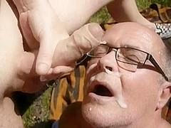 P spot massage video