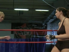 Lisa nackt Moretti Ivory (wrestler)