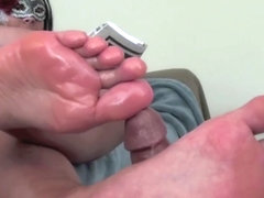 Newspaper Footjob