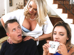 Katie Morgan & Justin Hunt in Massaged By Her Mother - BrazzersNetwork