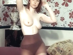 I DANCE YOU WANK 16 - British JOI, striptease, chat, dildo