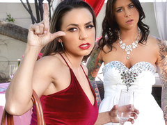 Abigail Mac & Felicity Feline in Bisexual Bride - BrazzersNetwork