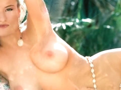 PLAYMATES IN PARADISE - Tawni Cable, Jacqueline Sheen, Deborah Driggs, etc