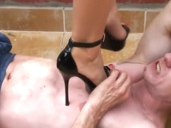 Trampling high heel sandals