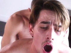 Porno de gay adult et facial something is