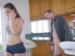 Lucky Guy Bangs Mom And Partner's Daughter Xxx Companion's D