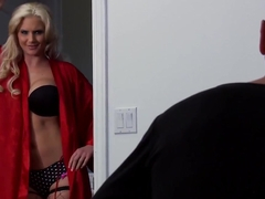 Brazzers - Mommy Got Boobs - White Trash Goes