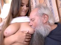 Порно Молодых Азиаток Со Стариками