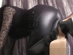 Москве русская длинноногие лесби в чулках и сапогах со страпоном порно наивной