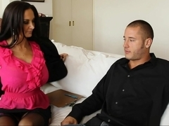 Seduced by a cougar Ava Addams