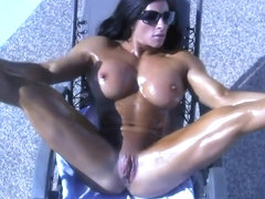 Nude Oiled Female Muscle Worship Angela Salvagno