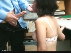 shoplifting 2 girl caught by guard nice koooool video