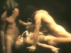 Sweaty vintage threesome in dungeon