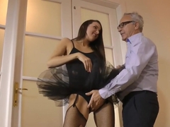 Brit Ballerina Jizzed By Old Man After Gettin Pussynailed