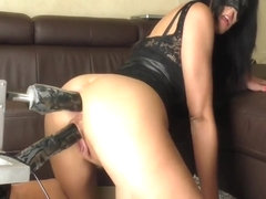 THE GIRL IN THE MASK-DOUBLE ANAL SEX MACHINE
