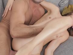 PEARL: Free smoking mature porn
