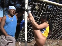 Soccer-addicted Latina demonstrates why she likes to play with balls