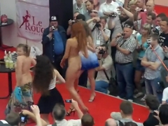 Fashion Model on Sex Show in the X Show