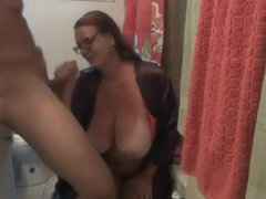 Carrie Moon and Julien Blanc in Stepson Bathroom Spy