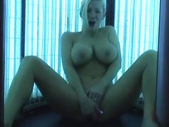 NAUGHTY ALLIE FINGERS HER WET CUNT ON SOLARIUM