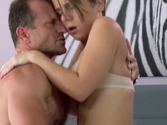 MOM Intimate creampie for brunette MILF