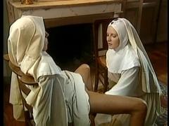 Русская монашка шалава