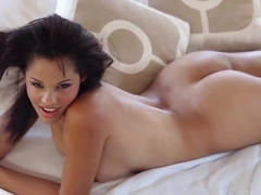Exotic beauty Aria Salazar gets naked and wet