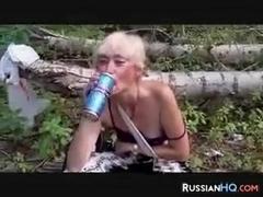 teti-foto-seks-so-staroy-bomzhihoy-blizkie-podruzhki